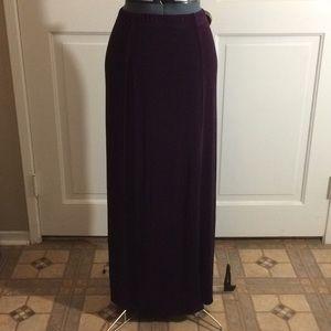Dresses & Skirts - Purple slinky material skirt!